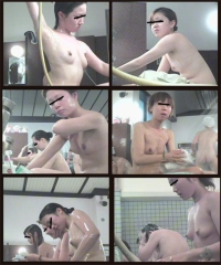 ぺチャパイさんの お風呂遊び4